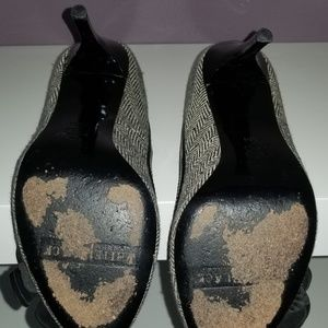 White House Black Market Shoes - WHITE HOUSE BLACK MARKET Tweed Heels 6.5